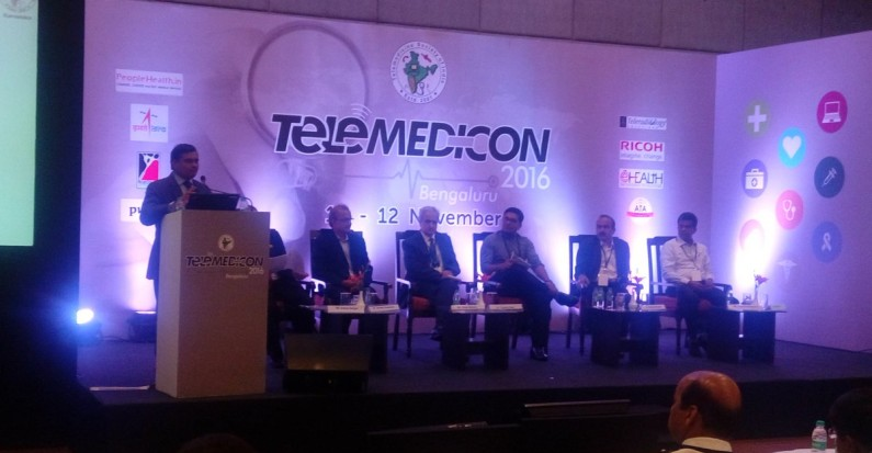 Sameer moderating a session at telemedicon